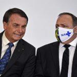 POLITIZAÇÃO DA VACINA DESINFORMA E PREJUDICA O COMBATE AO CORONAVÍRUS